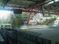 Rekonstrukce zimního stadionu.