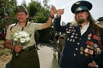 Vojenská svatba v Červených Pečkách