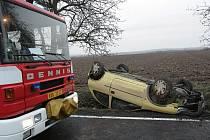 Nehoda mezi Horními Chvátlinami a Mlékovicemi