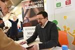 Michal Viewegh přijel na autogramiádu