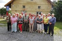 Rodáci z Nesměni se každoročně schází první srpnový víkend v místním obecním domku.