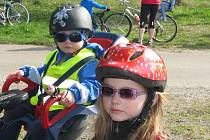 První jarní cyklovyjížďka pro děti a rodiče