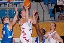 Z utkání Svitavy - BC Geosan Kolín (82:55).