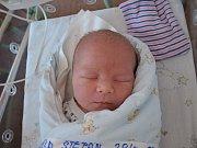 Tříletá Klaudie se dočkala bratříčka. Štěpán Vodička se narodil 28. prosince 2016. Vážil 4170 gramů a měřil 52 centimetrů. Rodiče Irena a Pavel své děti vychovávají v Nymburce.