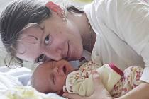 Rodina Evy Stinkové a Miroslava Abaffyho se rozrostla o druhou dceru. Adriana Stinková přišla na svět 25. října 2011 s mírou 49 centimetrů a váhou 2900 gramů. Doma v Kolíně se na sestřičku těšila třináctiměsíční Vanesa.