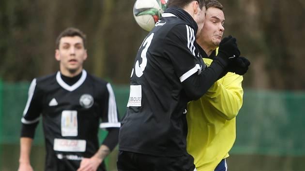 Z přípravného utkání FK Kolín - Velim (4:2).