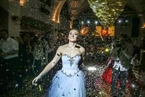 Maturitní ples Střední zdravotnické školy Kolín se v klubu Staré lázně konal v sobotu 8. února.