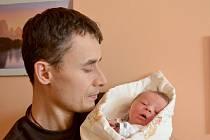 Johana Peštová se prvně rozhlédla 19. února 2014 s výškou 49 centimetrů a váhou 3455 gramů. Maminka Nikol a tatínek Jaroslav budou svou prvorozenou vychovávat v rodném Kolíně.