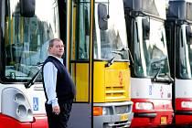 Kostelečáci nechtějí cestovat busem na metro Háje