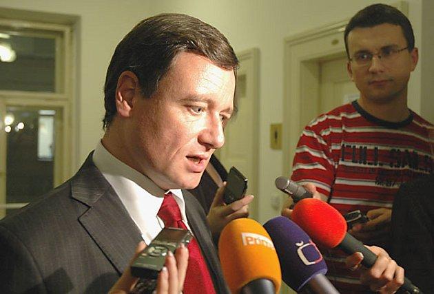 Jednání zastupitelů Středočeského kraje se neslo ve znamení urputné bitvy mezi opoziční ODS a vládnoucí ČSSD
