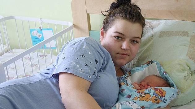 Haně Kupkové a Jiřímu Kamarýtovi z Čechtic se narodil 26. ledna 2010 syn Jiří Kamarýt. Při narození vážil 3600 gramů a měřil 50 centimetrů.