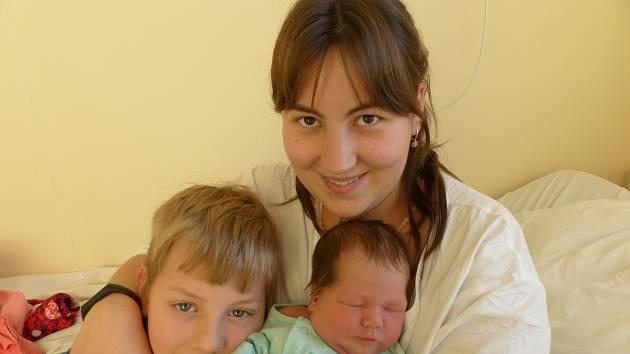 Martin Václav Montanari se narodil 24. prosince 2019 v kolínské porodnici, vážil 3855 g a měřil 51 cm. V Kouřimi se z něj těší sourozenci Dominik Erik (7.5), Isabella Rafaela (1.5) a rodiče Kristýna a Václav.
