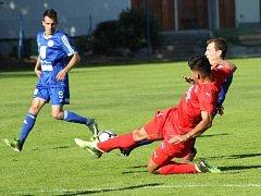 Z divize FK Kolín - Mšeno (3:0).