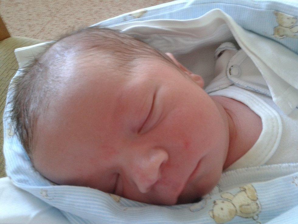 Vojtěch Kovanda se narodil 20. července 2017 s váhou 3860 gramů  a 51 centimetr. Doma se na něj těšili rodiče Petra a Karel a dvouapůlletý bráška Matěj.