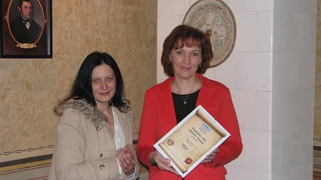 Certifikát převzala spolumajitelka Marie Králová.