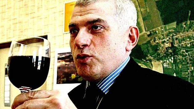 Rezo Robakidze z Gruzie.