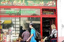 V tomto obchodě v Kutnohorské ulici v Kolíně došlo k pokusu o krádež.