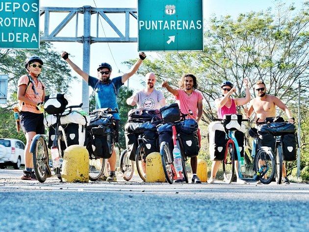 Kolínská koloběžková expedice projela střední Ameriku