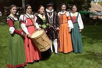 K Pánům z Kolína patří i dámy