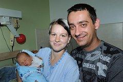 Bubenickou rockovou rodinu v regionu rozšířil 12. července Kryštof Chaloupecký, který se jako prvorozený narodil rodičům Petře a Ladislavovi s váhou 3 400 gramů a výškou 50 centimetrů. Všichni společně žijí v Týnci nad Labem.