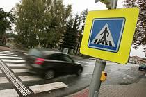 Nově upravený přechod pro chodce v Bečvárech