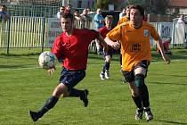 Z utkání Býchory - Radim (0:0).