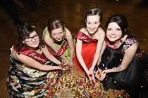 Poděbradští studenti plesali ve filmovém stylu