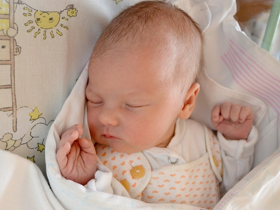 Prvorozeným potomkem maminky Veroniky a tatínka Daniela z Mochova je dcera. Kateřina Doudová se narodila 25. června 2013. Kačenka se po porodu pyšnila mírami 51 centimetr a 3470 gramů.
