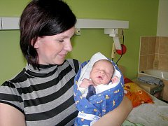 Max Štalmach se narodil 6. října 2014. Po narození se chlubil výškou 48 centimetrů a váhou 2970 gramů. V rodném Kolíně se z něho těší maminka Petra, tatínek Petr a šestiletá sestřička Natálka.