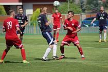 Z přípravného fotbalového utkání Velim - Meteor Praha