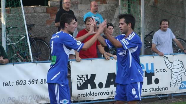 Z utkání FK Kolín - Česká Lípa (1:0).