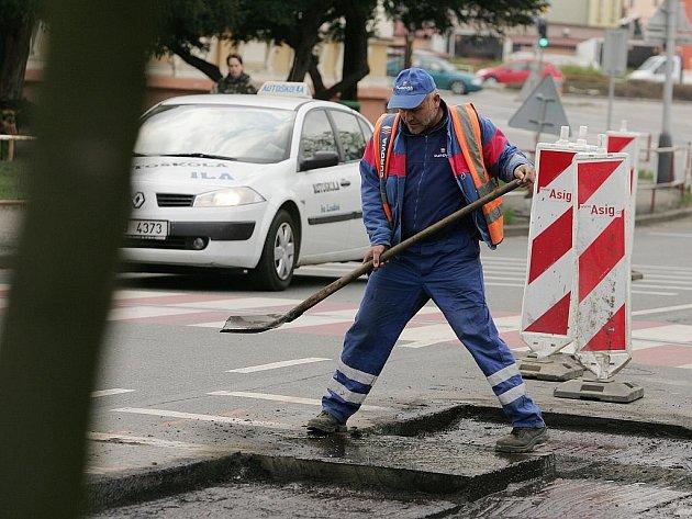 Rekonstrukce vozovky v ulici Ovčárecká