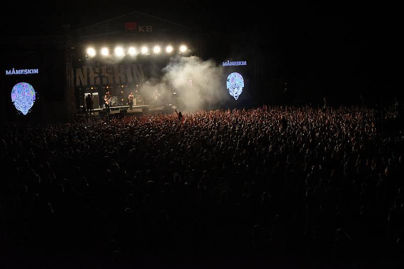 Z dalšího ročníku festivalu Rock for People, který hostil Festival Park Hradec Králové..