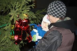 Rozsvícení vánočního stromu v Ovčárech