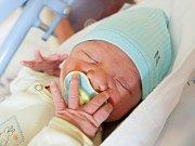 LUKÁŠ JANDA  se narodil rodičům Kristýně Hůlkové a Luboši Jandovi 1. února v 9.01 hodin. Vážil 4040 g, měřil 54 cm. Rodina je ze Semil.