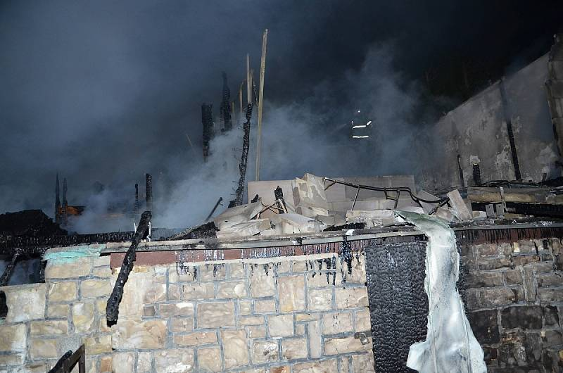 Požár v Domanovicích.