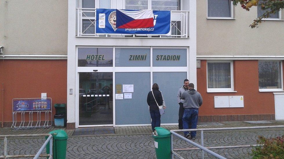Volby na kolínském zimním stadionu