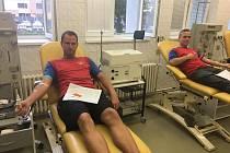Z tradiční akce 'Daruj krev s dobrovolnými hasiči' v Oblastní nemocnici v Kolíně.