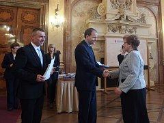 Ludmila Bílá převzala medaili