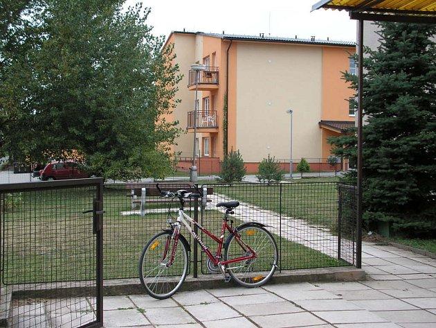 Dům s chráněným bydlením v Cerhenicích