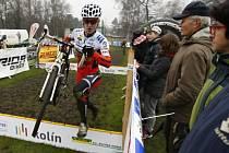 V Kolíně se jel v sobotu další díl pohárového závodu Toi Toi Cup. Tomáš Paprstka skončil v elitní kategorii na druhém místě.
