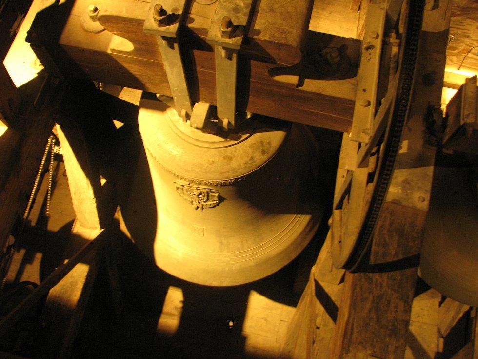 Zvonice chrámu sv. Bartoloměje v Kolíně.