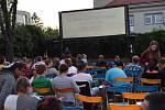 Kolínské letní kino v pátek poprvé otevřelo své brány.