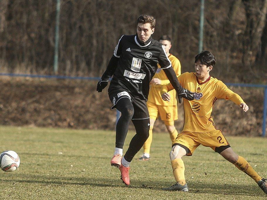 Z přípravného utkání FK Kolín - Dukla Praha B (0:6).