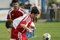 Z utkání Velký Osek - Bečváry (1:1).
