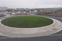 Z výstavby obchodního centra v průmyslové zóně Kolín - Ovčáry.