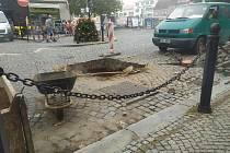 V Pražské ulici se přihodila havárie na parovodním potrubí