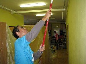 Manažeři TPCA pomáhali ve středisku sdružení Volno