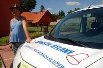 Zvoneček Bylany dostal nové auto, zaplatili ho podnikatelé z okolí
