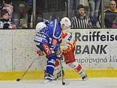 Třetí duel čtvrtfinálové série vyhráli Kozlové na samostatné nájezdy.